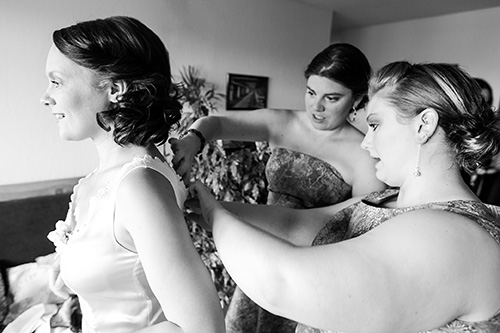 Tally & Jer - Bride Prep (24 of 29)
